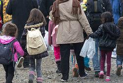 Ankunft von Flüchtlingen © Raimond Spekking, Wikimedia, CC BY-SA 4.0